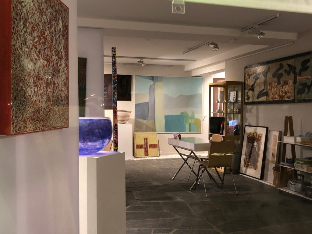 interieur galerie Pop up Art store Verbier